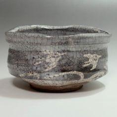 NEZUMI SHINO CHAWAN - Modern Gray Japanese Crackle Glaze Pottery Tea Bowl #2115 - ChanoYu online shop