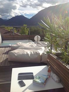 rooftop terrace with private jacuzzi and 360° panorama view