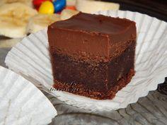 Prajitura cu banane si ciocolata – Stefy harnicutza Vanilla Cake, Deserts, Food, Banana, Desserts, Eten, Postres, Dessert, Meals