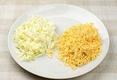 """Salată """"Mimoza"""" dietetică - un aperitiv în straturi deosebit de savuros, fără maioneză! Oaspeții vor fi încântați! - Bucatarul Grains, Rice, Food, Meals, Yemek, Laughter, Jim Rice, Eten"""