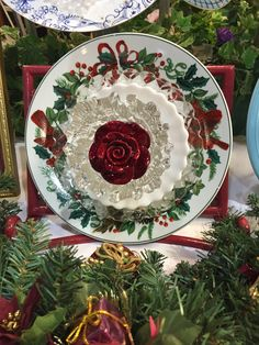 A stunning Christmas plate flower that can be displayed in the garden or on an easel on the buffet in the dining room or the kitchen. SO pretty!  MiMi's Plate Flowers
