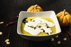 Bild zum Rezept für Steamer und Dampfgarer: Kürbissuppe. Creme Fraiche, Steamer, Ice Cream, Pudding, Desserts, Food, Baking, Cilantro, Meal