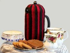 Make a Brioche Coffee Cozy to keep your coffee nice and warm. This free crochet pattern has stripes that narrow at the top to create the curve required for the lid. Bring this cozy out the next time you have a tea party.