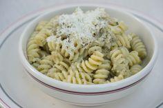 Busiate con pesto di melanzane (pasta with aubergine puree) – Sicilia