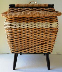 Vtg JC Penneys Sewing Large Basket Box w/Handle-Wicker Weave-Satin Lined W/Feet