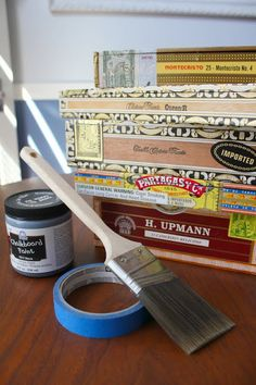 DIY Cigar Box Chalkboard Signs - Dream Book Design
