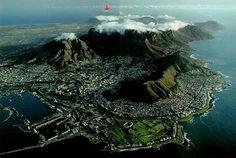GREEN GARDENS: Table Mountain in South Africahttp://99greengardens.blogspot.com/