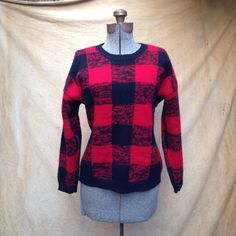 """Vintage Gap Buffalo Plaid Sweater. Women's Small. A great winter sweater perfect for holiday parties and gatherings.  Details Size: Small Chest: 42"""" Shoulders: 22"""" Sleeve: 18"""" Length: 23"""" Waist: 38""""  Brand: Gap Clothing Co."""