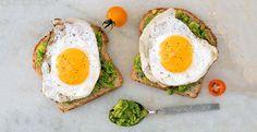 300 calorie meals Crazy-Healthy Breakfasts Under 300 Calories Healthy Low Calorie Breakfast, Healthy Desayunos, Healthy Recipes, Healthy Breakfast Recipes, Healthy Drinks, Diet Recipes, Healthy Eating, Healthy Breakfasts, Breakfast Ideas
