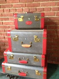 Starline 2 piece vintage luggage suitcase set light green w/key ...