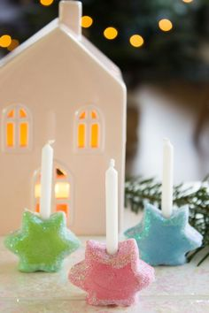 Mini candleholder made of salt dough- Mini Kerzenhalter aus Salzteig Mini candleholder made of salt dough - Candlestick Centerpiece, Candle Jars, Candle Holders, Halloween Candles, Halloween Decorations, Christmas Time, Christmas Gifts, Xmas, Diy And Crafts