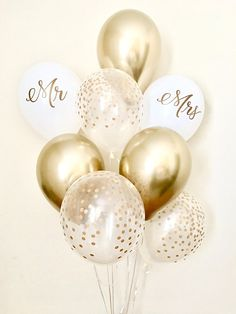 Welcome to Sweet Escapes By Debbie This listing is for 3 chrome gold, 3 clear with gold polka dots, 1 white with Mr and 1 white with Mrs 11 latex balloons. ~ Balloons ship flat & deflated ~ The balloons arrive in a flat package they need to be inflated. For helium you can take