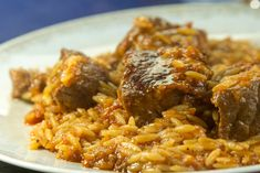 Greek City Times February 2020 24 February 2020 Giouvetsi is one of Greece's most traditional and loved dishes that is enjoyed by all the family. Cookbook Recipes, Cooking Recipes, Greek Menu, Homemade Tomato Sauce, Greek Recipes, I Foods, Chicken Recipes, Easy Meals, Food And Drink