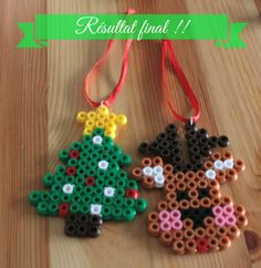DIY Christmas ornaments hama beads by pimpmycrea Melty Bead Designs, Melty Bead Patterns, Pearler Bead Patterns, Beading Patterns, Peyote Patterns, Perler Bead Templates, Diy Perler Beads, Perler Bead Art, Christmas Perler Beads