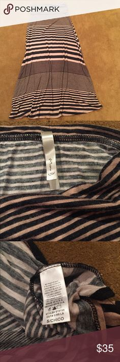 Mono B stripped Maxi skirt Sz S Up for sale is a beautiful stripped Maxi Skirt size small. Mono B Skirts Maxi