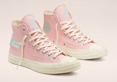 Converse Chuck Taylor All-Star Hi Golf Le Fleur Chenille Pink Converse, Converse Style, Outfits With Converse, Custom Converse, Cool Converse High Tops, Converse Shoes High Top, Converse Vintage, Boot Outfits, Wedge Sneakers