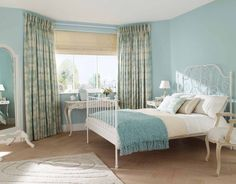 Image from http://www.irepairhome.com/wp-content/uploads/2013/06/290-country-curtains-bedroom.jpg.