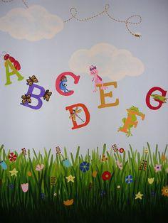 Alphabet Mural Preschool Classroom Themes, Classroom Walls, Classroom Decor, School Wall Decoration, School Decorations, Baby Wall Decals, Garden Mural, Insect Crafts, School Murals