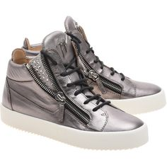 GIUSEPPE ZANOTTI May London Clopper Silver // Leather high-top... (€749) ❤ liked on Polyvore featuring shoes, sneakers, silver metallic shoes, leather high tops, silver high top sneakers, silver sneakers and zipper sneakers