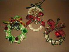 Το ιδανικότερο δώρο εορτών προς τα προσφιλή σας πρόσωπα τα γούρια σε πρωτότυπα στεφανάκια από λυγαριά. Charmed, Bracelets, Jewelry, Jewlery, Jewerly, Schmuck, Jewels, Jewelery, Bracelet