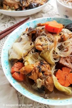 Lo Han Chai (Buddhas Delight) is a mixed vegetables stew traditionally eaten on the day of Chinese New Year. Chinese Cabbage, Chinese Food, Asian Recipes, Ethnic Recipes, Chinese Recipes, Chinese Desserts, Chai Recipe, Vegetable Stew, Mixed Vegetables