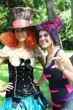 costume ideas - Mad Hatter and the Cheshire Cat    Alice in Wonderland Party