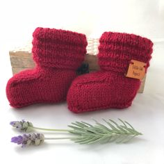 Baby booties || Baby shoes | Wool socks | Hand knitted socks | Knitted baby booties | Newborn photo prop | Baby announcement | Gender reveal by littlefolkproject on Etsy https://www.etsy.com/au/listing/611350665/baby-booties-baby-shoes-wool-socks-hand