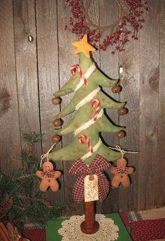 Primitive Christmas Tree Make Do EPATTERN by OldeAnniePrimitives, $7.00