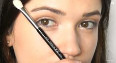 Easy Makeup Tips & Tricks For Beginners, check it out at http://makeuptutorials.com/how-to-do-eye-makeup/