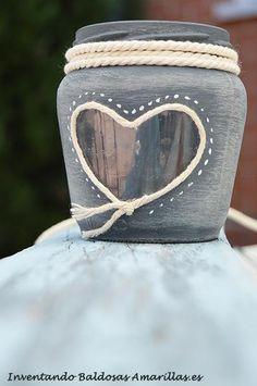 Decorar botes y botellas de cristal | Manualidades Mason Jar Crafts, Mason Jars, Diy General, Button Art, Environmental Art, Chalk Paint, Decoration, Decoupage, Diy Crafts