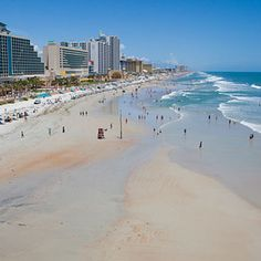 Best Beaches Near Orlando | Visitors to the City Beautiful are sometimes surprised to discover that Orlando is—gasp!—landlocked. The metro area is full of gorgeous lakes, but we're sm...