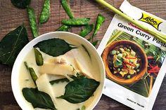 Grünes Thai Curry mit Huhn, Bambus, Zuckerschoten, Bohnen
