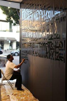 Gloss lettering matte walls
