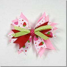 Fabric Bows and More: Loopy Bows by Nellie Bows
