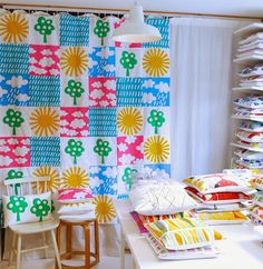 good gosh.. I might have had that fabric! Jane Foster Blog