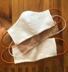 linen face mask - stronger than cotton, naturally antibacterial textile, machine washable, insert for a replaceable filter, heavy duty cord elastic ear loops. Diy Mask, Diy Face Mask, Face Masks, Crochet Hooks, Crochet Baby, Crochet Patterns For Beginners, Craft Stick Crafts, Diy Crafts, Free Pattern