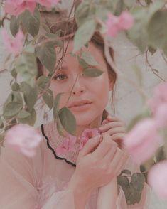 more on YASSIPRESSMAN.COM ✨ @shairaluna 📸 @mikkamarcaida 💄 @geraldmgtby 💇🏻♀️ @joannagee 👗 @bettinabanez 👗 @randellgiel 👗 @ellatagaca &… Yassi Pressman, Hoop Earrings, Travelling, Beauty, Beautiful, Instagram, Beauty Illustration, Earrings