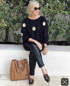 Best Outfits For Women Over 50 - Fashion Trends Over 60 Fashion, Mature Fashion, Over 50 Womens Fashion, 50 Fashion, Fashion Outfits, Fashion Trends, Mode Outfits, Fashion Advice, Ideias Fashion