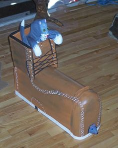 cat and mouse mailbox in a boot by CrossKnots on Etsy, $145.00 with free shipping
