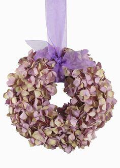 lilac and green hydrangea wreath. so pretty.