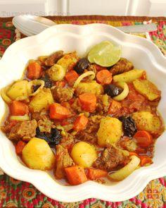 Turmeric and Saffron: Tas Kabab (Persian Stew)
