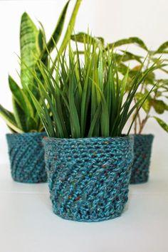 Spiral Crochet Planter Cover Pattern   The Inspired Wren