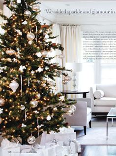 white-christmas decorations