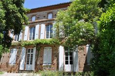 Château de Coulom, France votre-chateau-de-famille.com castle to rent for vacation and/or wedding in France #mariage #Toulouse #Ariège #chateau #campagne #charme #wedding #country #castle
