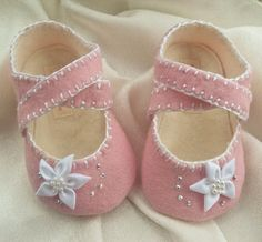 Baby Girl Shoes Pink Wool Felt by BronteShoes on Etsy, | http://shoesgallerryimages.blogspot.com