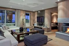 HAFJELL - Eksklusivt innredet toppleilighet med høy standard. Heis, peis, 2 garasjeplasser og stor privat terrasse.