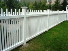 Staggered Vinyl Picket Fence