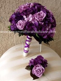 love the purple tones!!! Google Image Result for http://www.preservedfloralsbylizann.com/Websites/preservedfloralsbylizann/PhotoGallery/632895%255Cdoloreosa-W.jpg #Purplebouquets