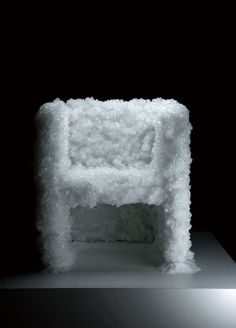 Tokujin Yoshioka, 'Venus Natural Crystal Chair' For more design inspiration visit: http://inspirations.caesarstone.com/?utm_source=facebook&utm_medium=posts&utm_campaign=caesarstone#main/nature-reinvented