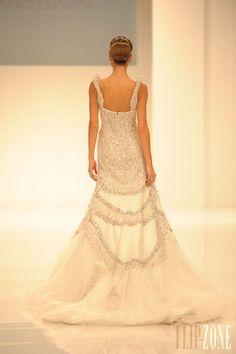 Dar Sara - Mariage - Collection 2013 - http://www.flip-zone.fr/fashion/bridal/couture/dar-sara